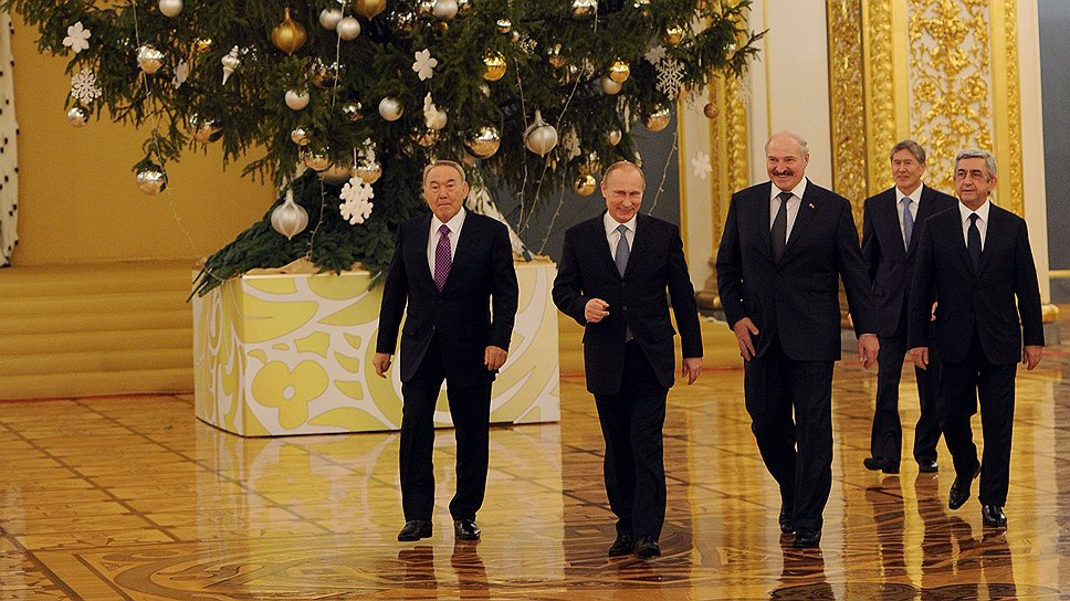 Customs_2013_12_24_Moscow_Eurasec_01_five_presidents_Kommersant_Dmitriy_Dukhanin