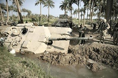 tank_Abrahams_felt_clay_Iraq