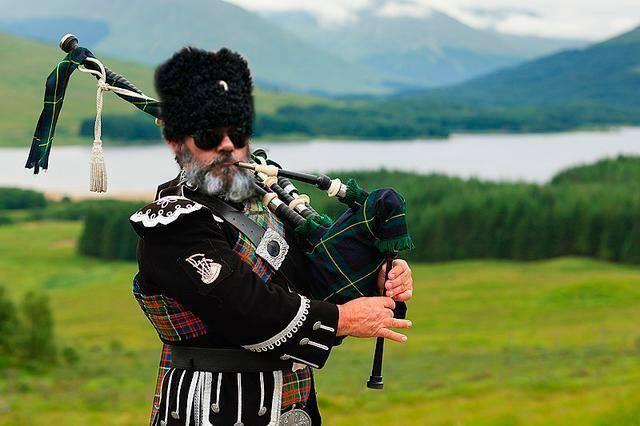 Scotland_Referendum_2014_09_09_scottish_dress_Babai_Facebook