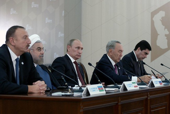 Caspian_Five_2014_09_29_Astrakhan_AP_RF_19_press_after_signing_documents
