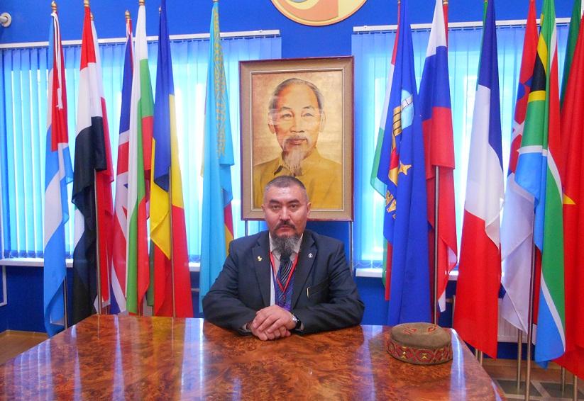 Sobianin_Alexander_Dmitrievich_2014_04_27_Baikonur_Museum_of_cosmonautics_Ho_Chi_Min_sm