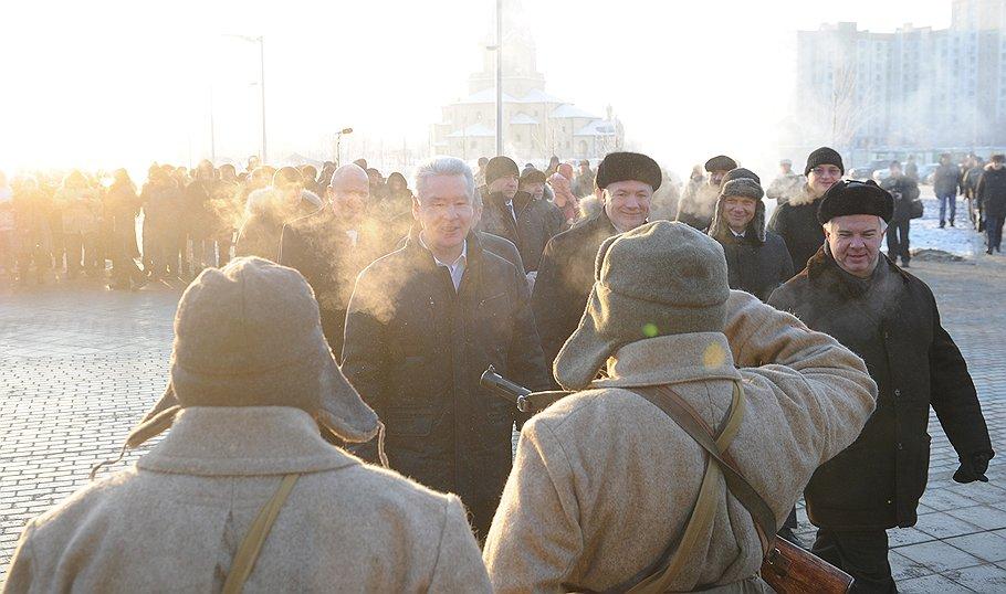 metro_Alma-Atinskaya_2012_12_24_opened_03_Sergei_Sobyanin_Kommersant