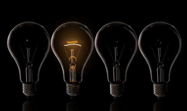 Технология Lamphone позволит подслушать разговор с помощью обычной лампочки