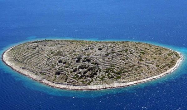 Остров Бальенак: хорватский отпечаток пальца