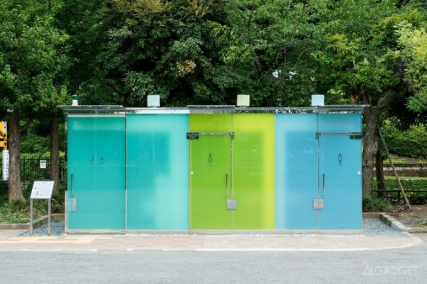 Туалетные кабинки с умными прозрачными стеклами появились в Японии