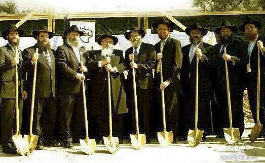 еврей с лопатой