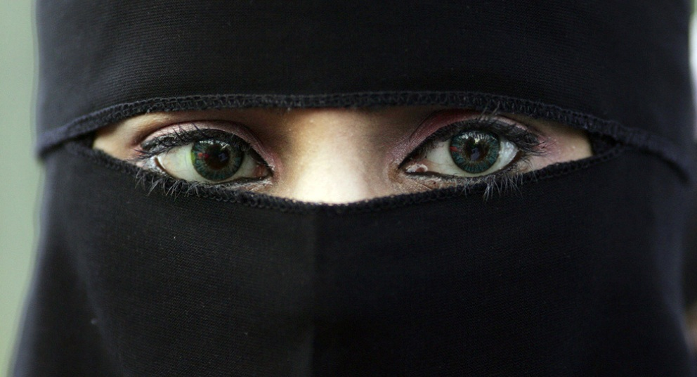 veu-islamico-muchomacho