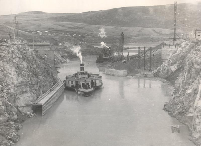 Аблакетка на месте строительства ГЭС 2.jpg