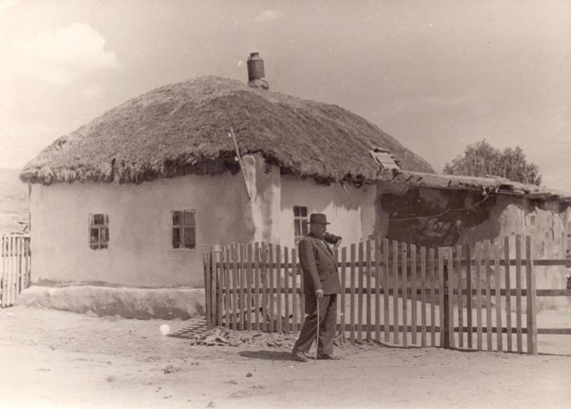 хата в селе Устьянка 1963 г.