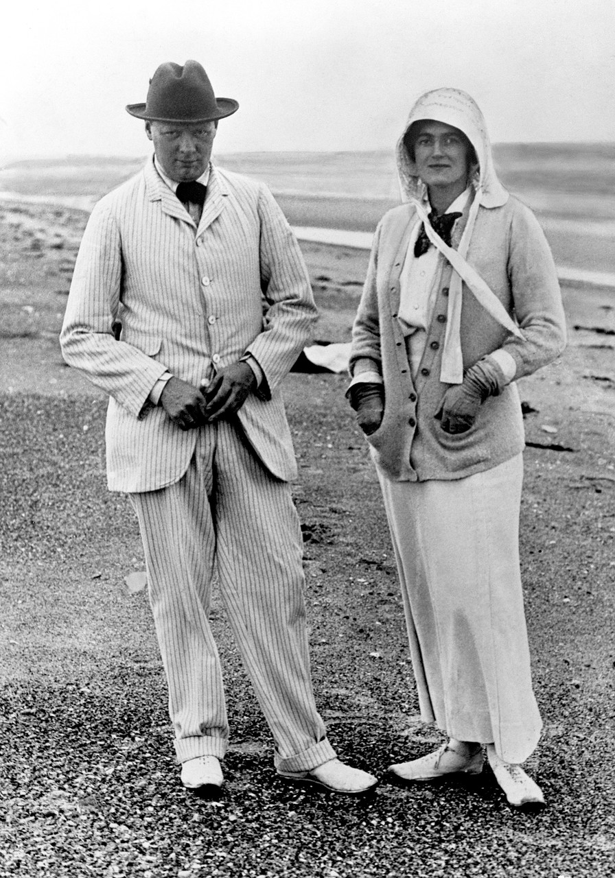 1910. Уинстон и Клементина Черчилль на отдыхе в Сэндвич в графстве Кент
