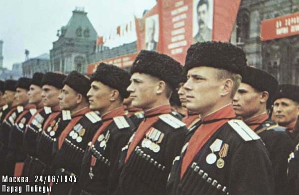 Kubanskie-kazaki-na-Parade-Pobedy