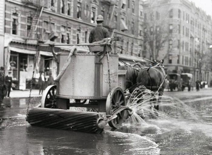 NY City Street Cleaner, 1900