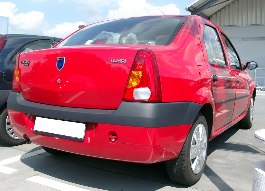 Dacia_Logan_rear_20070611