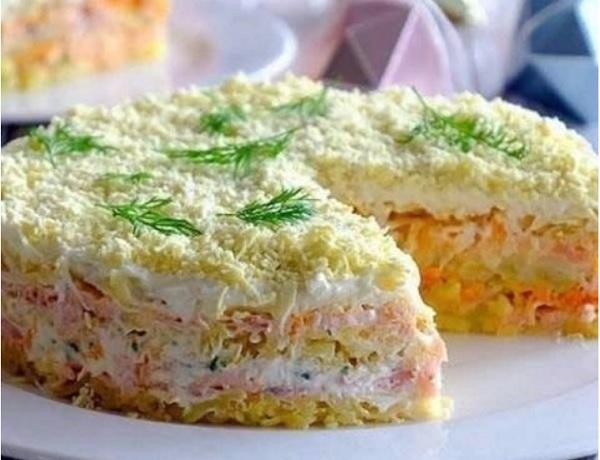 Праздничный салат  Мимоза с горбушей