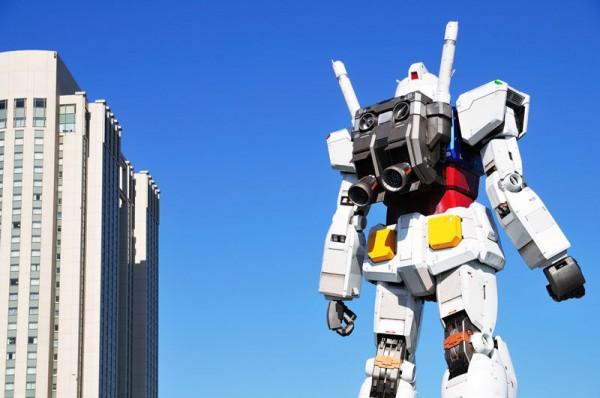 fullscale-gundam-model-in-tokyo-4-600x398