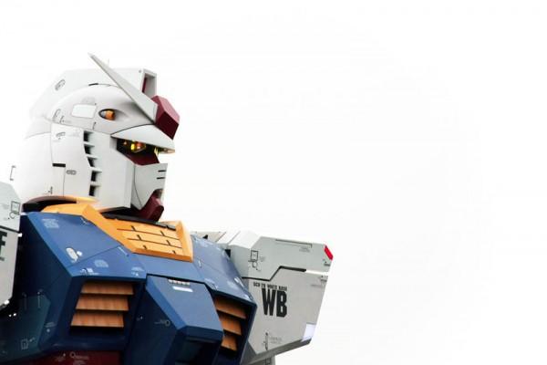 fullscale-gundam-model-in-tokyo-7-600x400