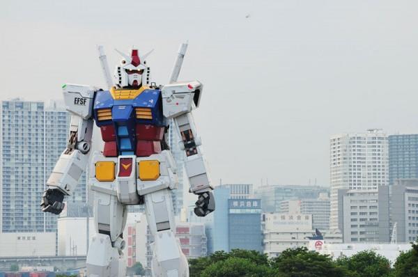 fullscale-gundam-model-in-tokyo-10-600x398