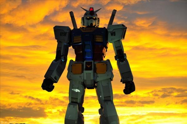 fullscale-gundam-model-in-tokyo-14-600x399