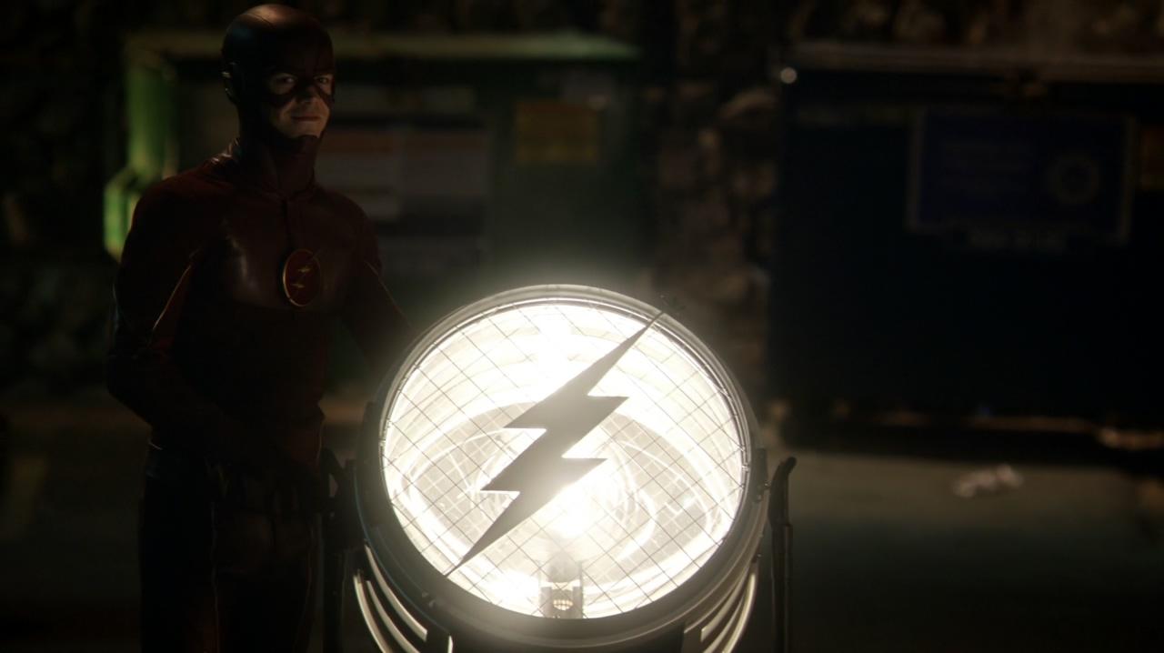 The.Flash.s02e01.WEBDL.1080p.NewStudio.TV.mkv_20151008_014751.939