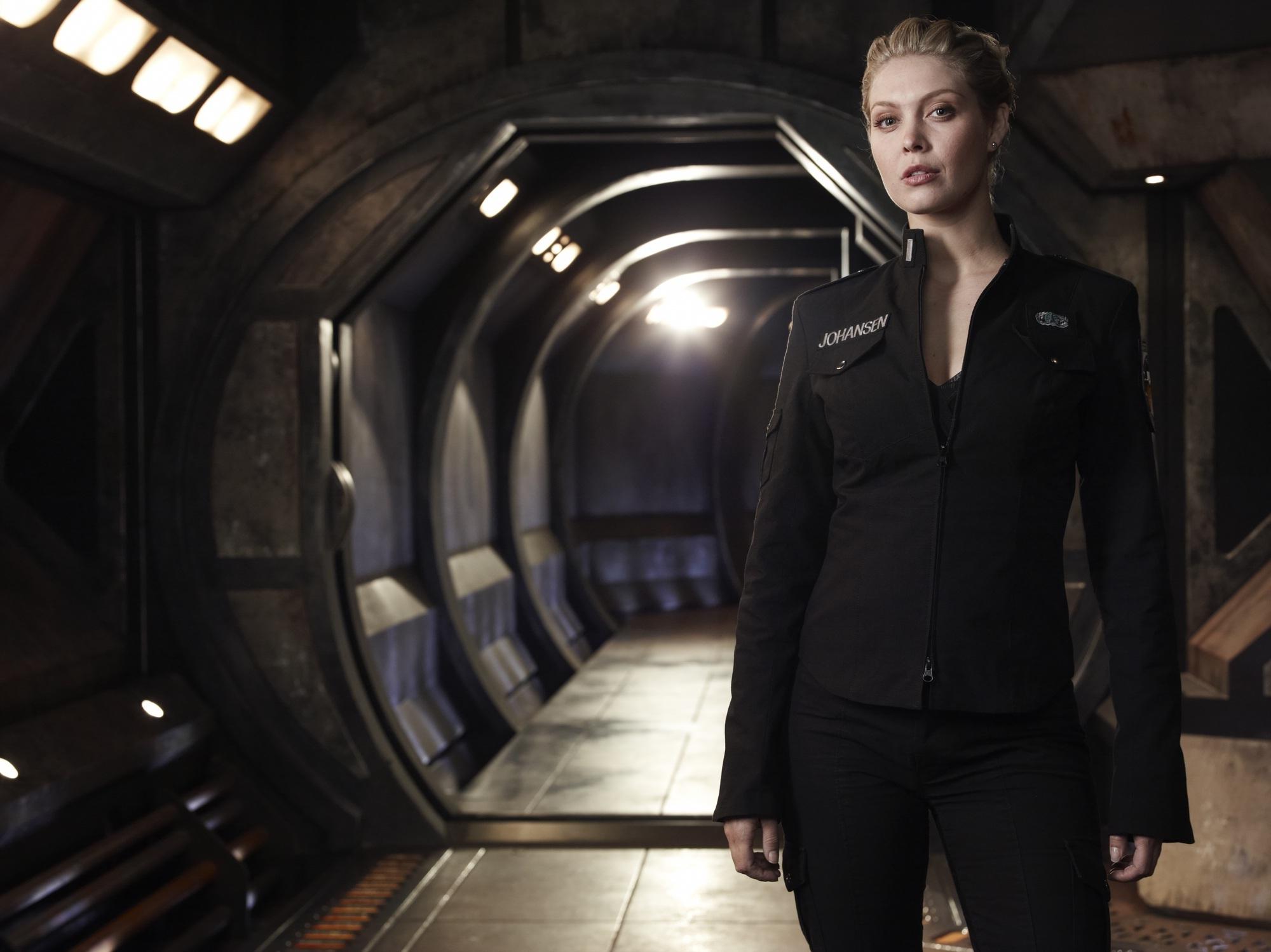 Tamara-Johansen-stargate-universe-26254372-2000-1499
