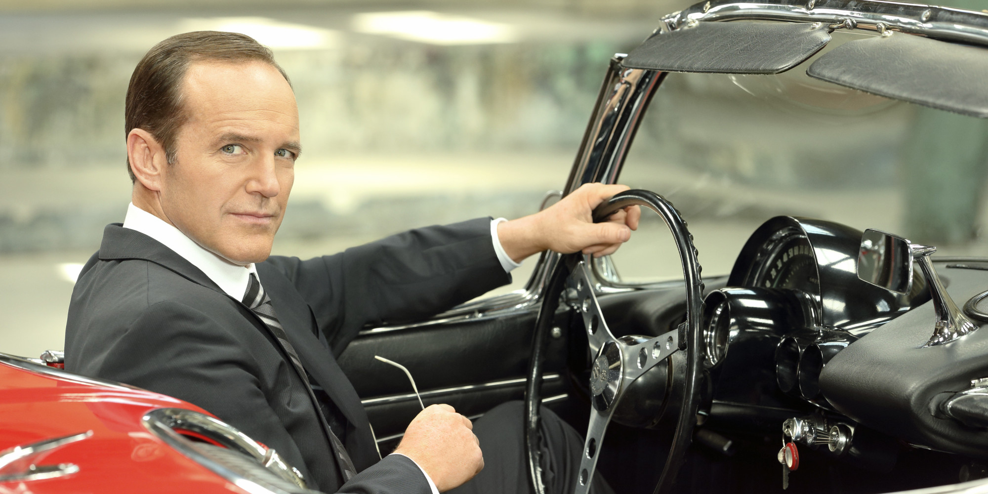 agent-phil-coulson-image-agent-phil-coulson-36087473-2000-1000-113727