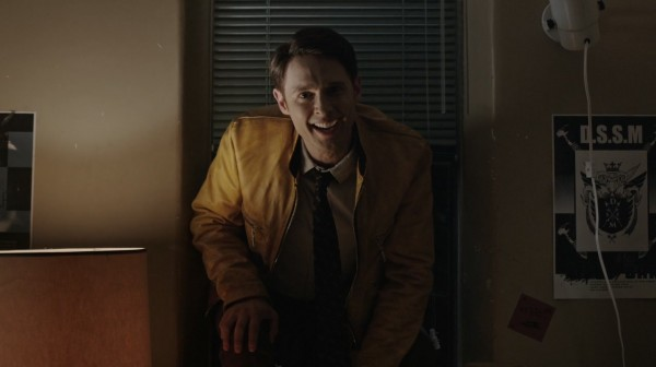 Dirk.Gently's.Holistic.Detective.Agency.s01e01.HD1080p.WEB-DL.Rus.Eng.BaibaKo.tv.mkv_20161110_042058.402