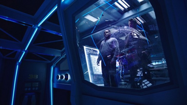 The.Expanse.s02e03.HD1080p.WEB-DL.Rus.Eng.BaibaKo.tv.mkv_20170210_203912.209