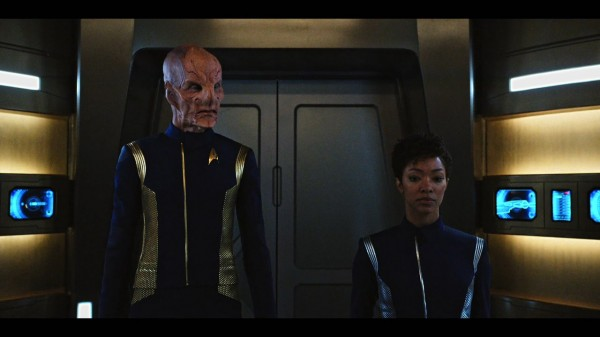 Star.Trek.Discovery.S01E04.The.Butchers.Knife.Cares.Not.for.the.Lambs.Cry.1080p.WEB-DL.Rus.2xEng.Subs.ELITEHD.mkv_20171009_171250.904