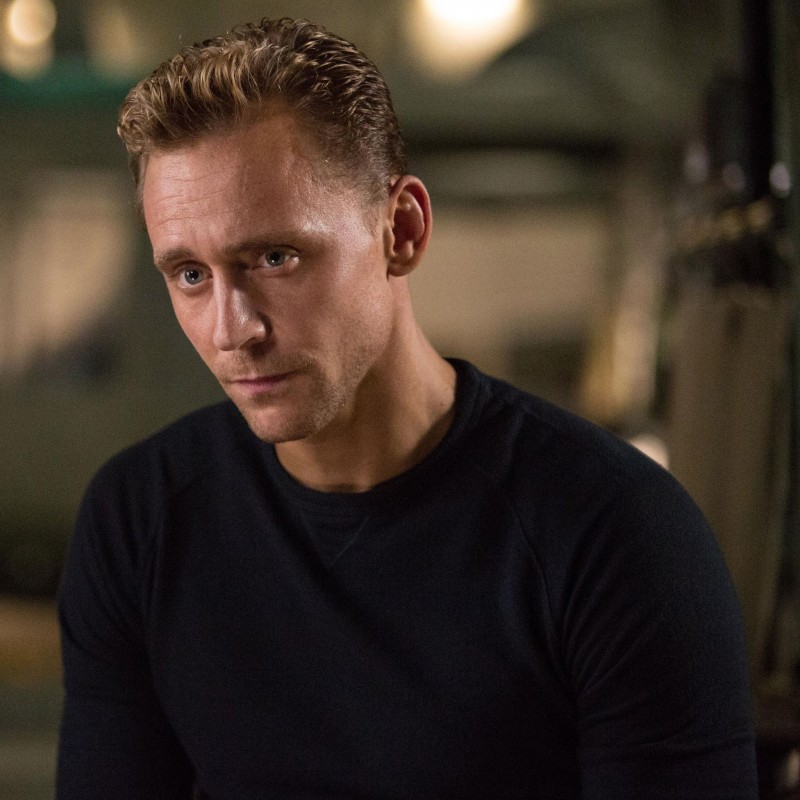 Tom-Hiddleston-Kong-Skull-Island-Pictures