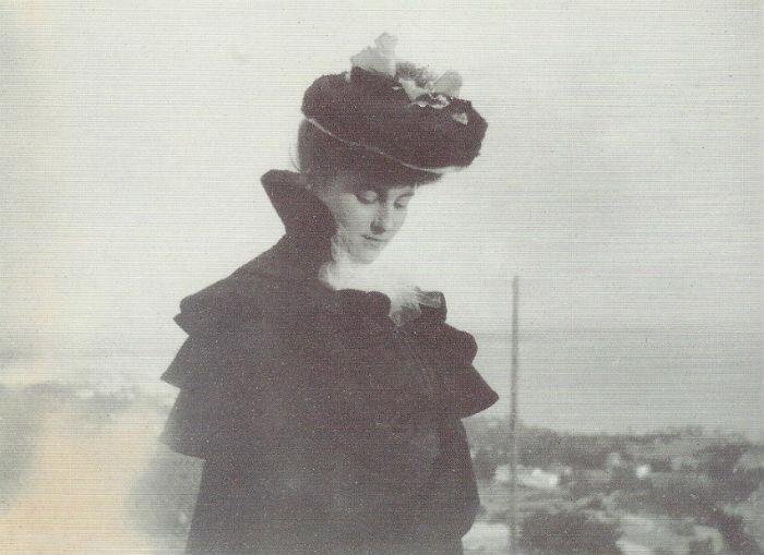 4-Мизиа Натансон - 1901 - Фото Жан Эдуар Вюйар.jpg