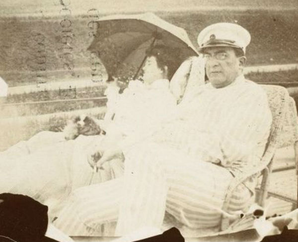 13-Мизиа и Альфред Эдвардс на яхте - 1900-е - Фото Пьер Боннар.jpg