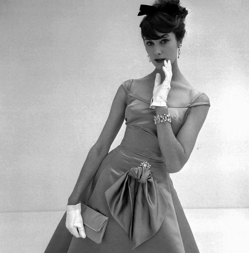 Daphne Abrams - october - 1957.jpg