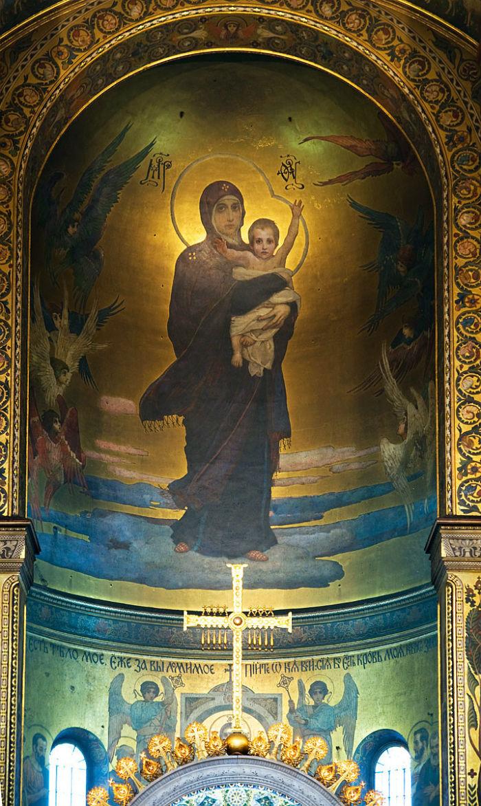 27-Богоматерь с младенцем. Фрагмент росписи алтаря Владимирского собора в Киеве.jpg