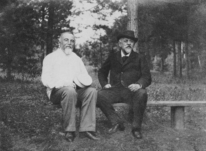 1-Василий Поленов и Савва Мамонтов - 1890-е.jpg