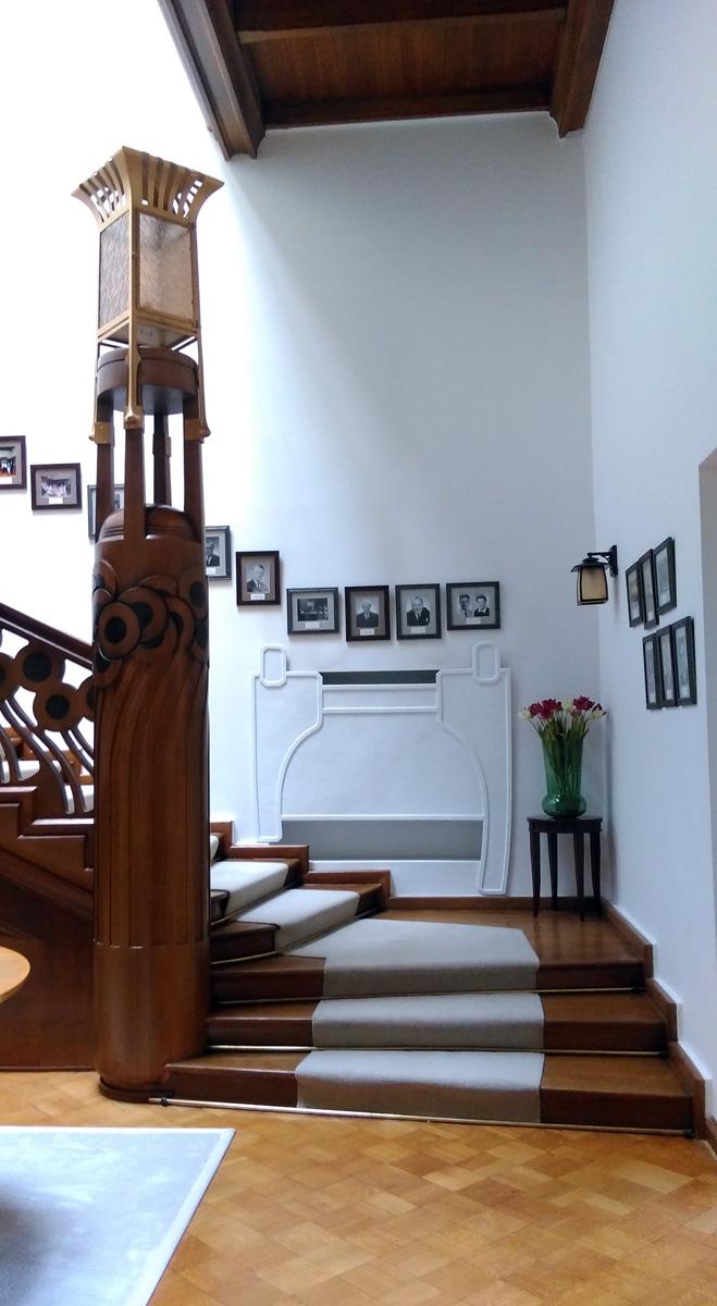 Парадная лестница.