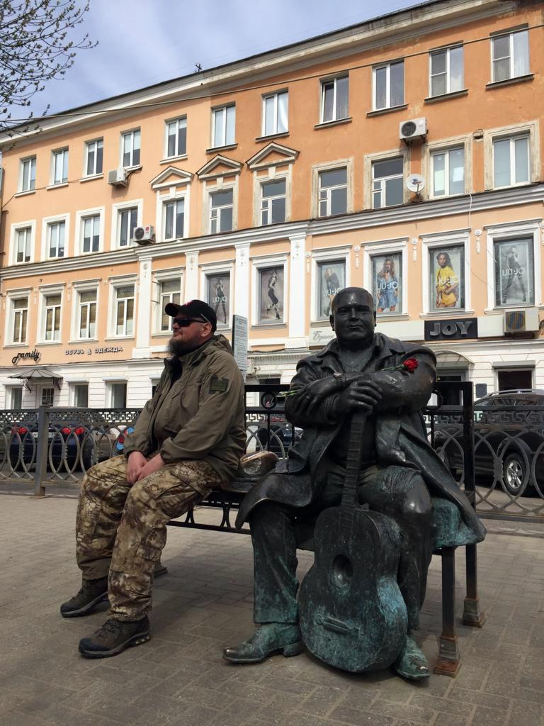 2 мая 2019. Тверь. Памятник Михаилу Кругу...