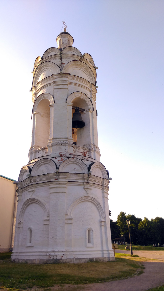 Храм-звонница Георгия Победоносца в Коломенском.