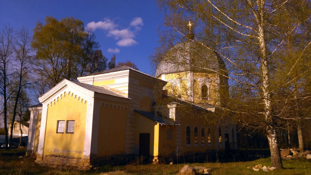 Храм Знамения Божией Матери .