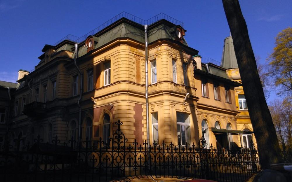 Особняк В. Н. Яковенко. Архитекторы: Шауб В. И.Шауб В. В. Год постройки: 1887