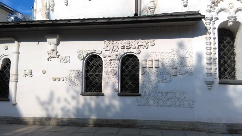 В 1992 году вопрос о возвращении Феодоровского собора Русской Православной Церкви.