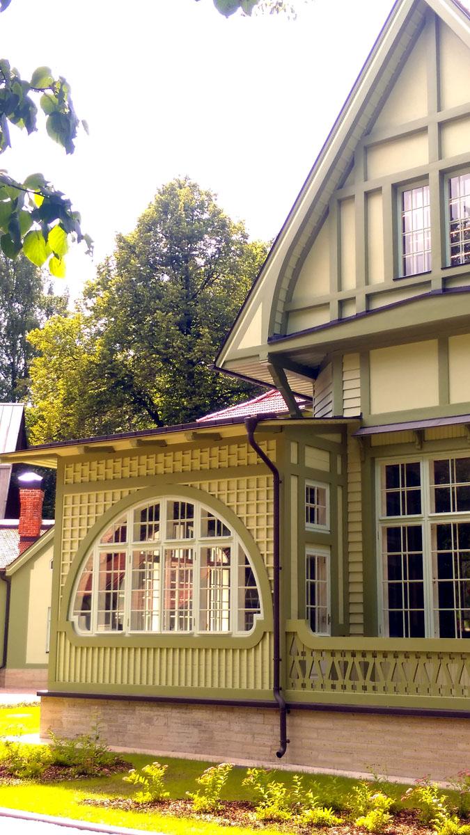 В результате, новый собственник начал работы по реставрации особняка под присмотром КГИОП и Министерства культуры.