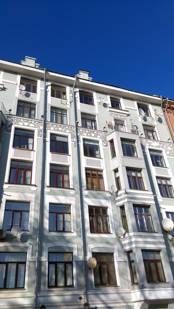 Бывший доходный дом А.И. Тороповой, архитектор Осип Шишковский.