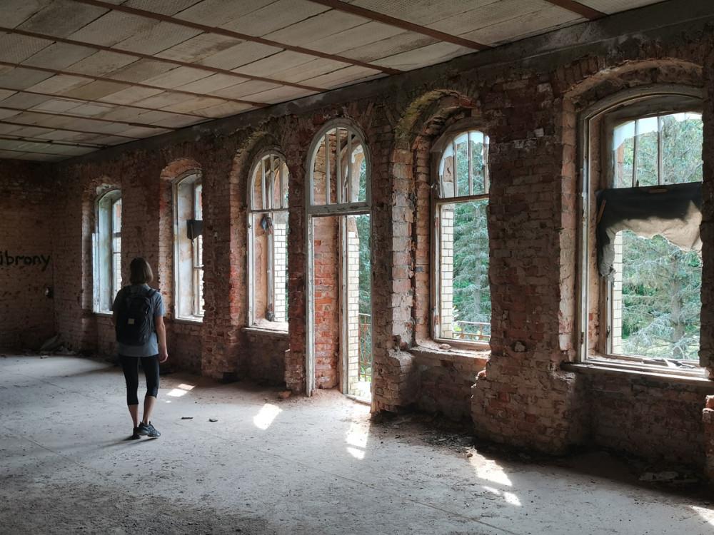 Главный зал...