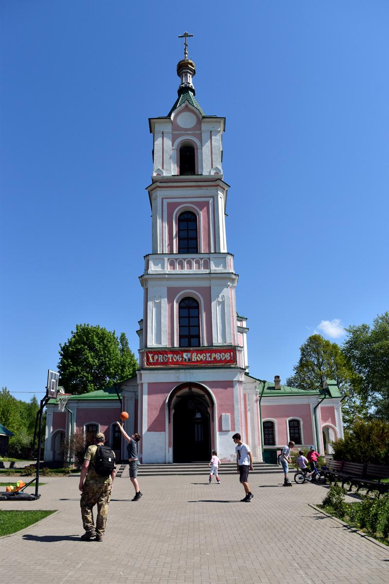 Храм Успения Божией Матери в селе Успенское.