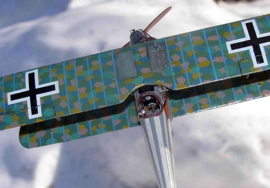 В творческом задании #наулицезима есть пункт показать Очень зимнее боке. Самолет на фоне размытого снега, думаю подходит вполне...
