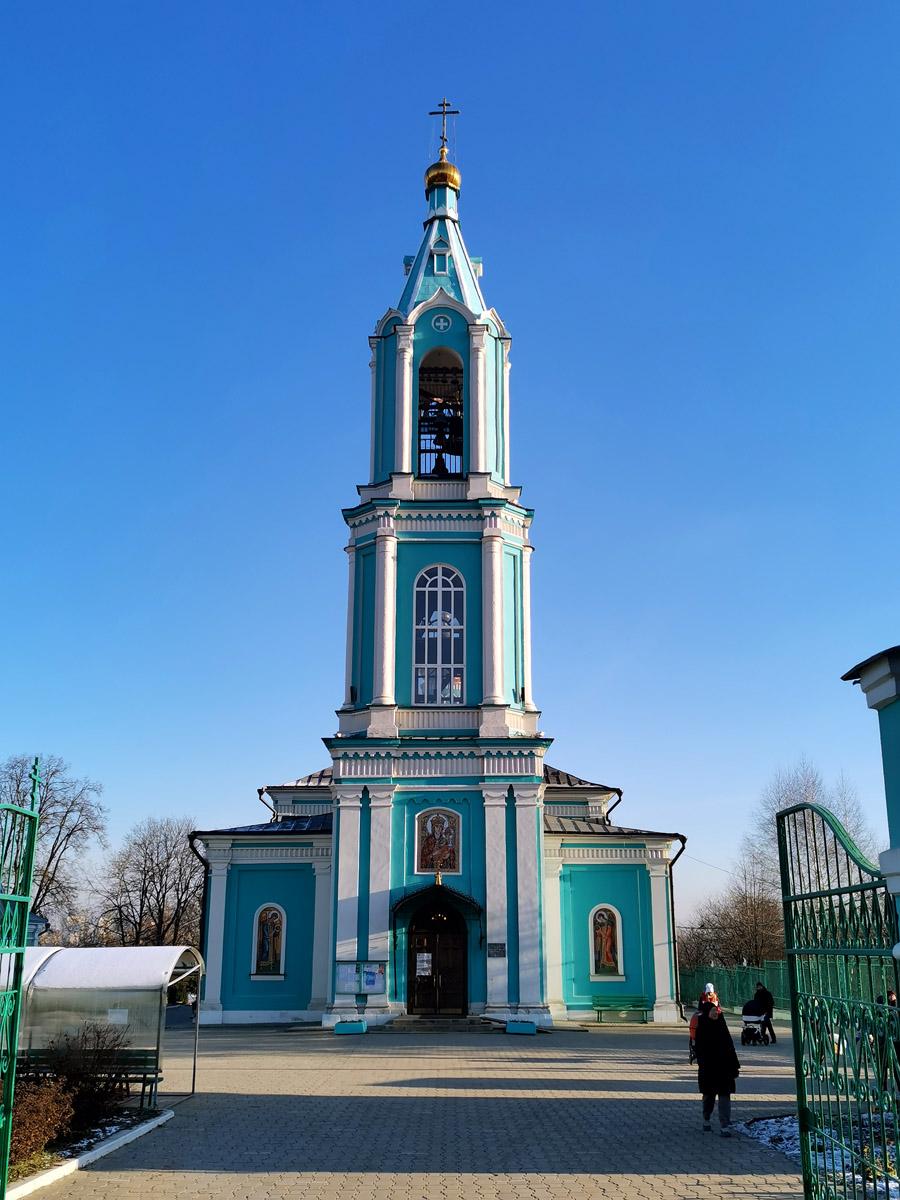 Основной объем храма построен в 1862-1868 гг. по проекту архитектора Р.Т. Водо. Колокольня возведена в 1877 гг. архитектором А.Н. Стратилатовым.
