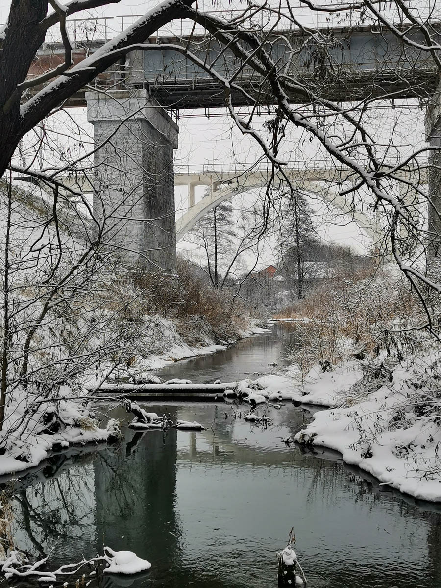 2 января 2021. Железнодорожные мосты через реку Северка.