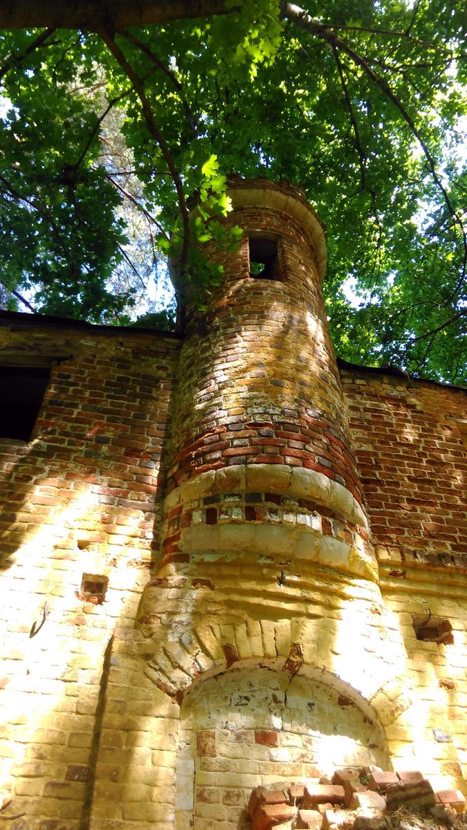 Декоративная башенка.