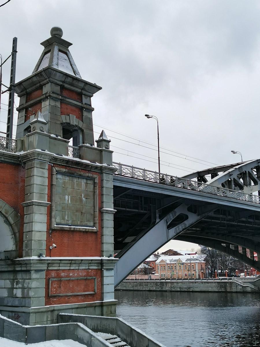 Андреевский железнодорожный мост.