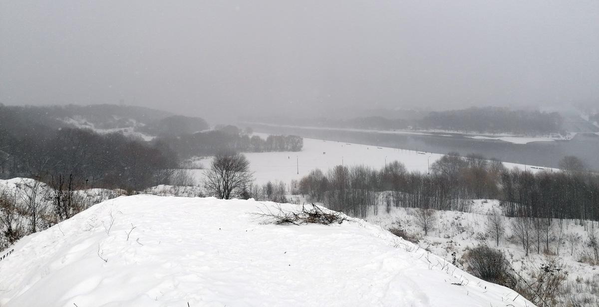 Вид с вершины холма Дьяково городище.